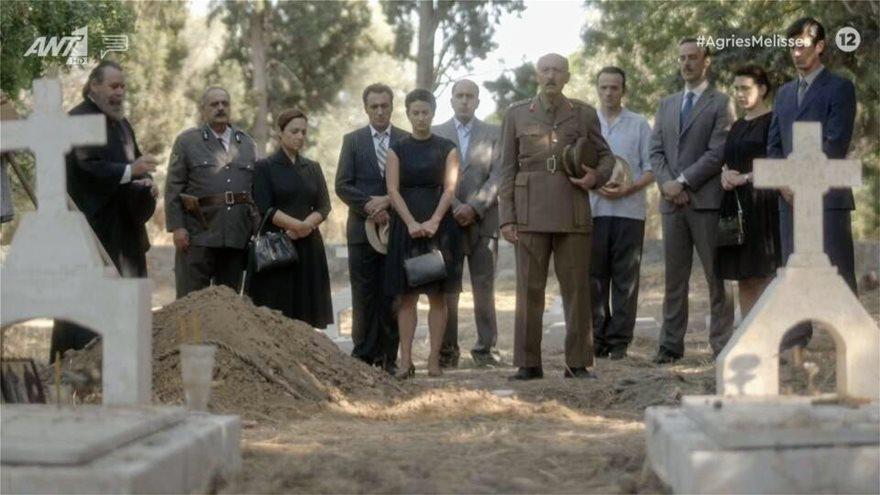 """Η κηδεία του Κυπραίου ήταν το πιο συναρπαστικό backstage στις """"'Αγριες Μέλισσες"""""""