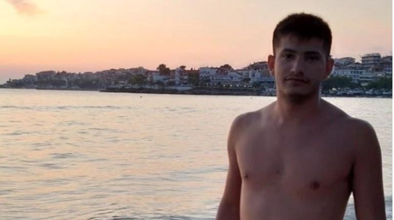 Θάνατος – σοκ από κορονοϊό: Πέθανε ο 25χρονος Θοδωρής από τις Σέρρες