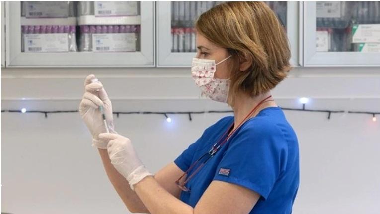 Δεύτερη μέρα εμβολιασμών: Ποια νοσοκομεία σε Αθήνα και περιφέρεια θα σηκώσουν το βάρος