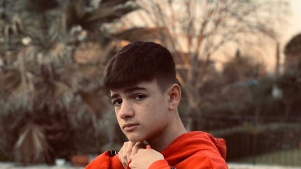 Θρήνος στην Κέρκυρα για τον 14χρονο Σπύρο που «έσβησε» στην άσφαλτο