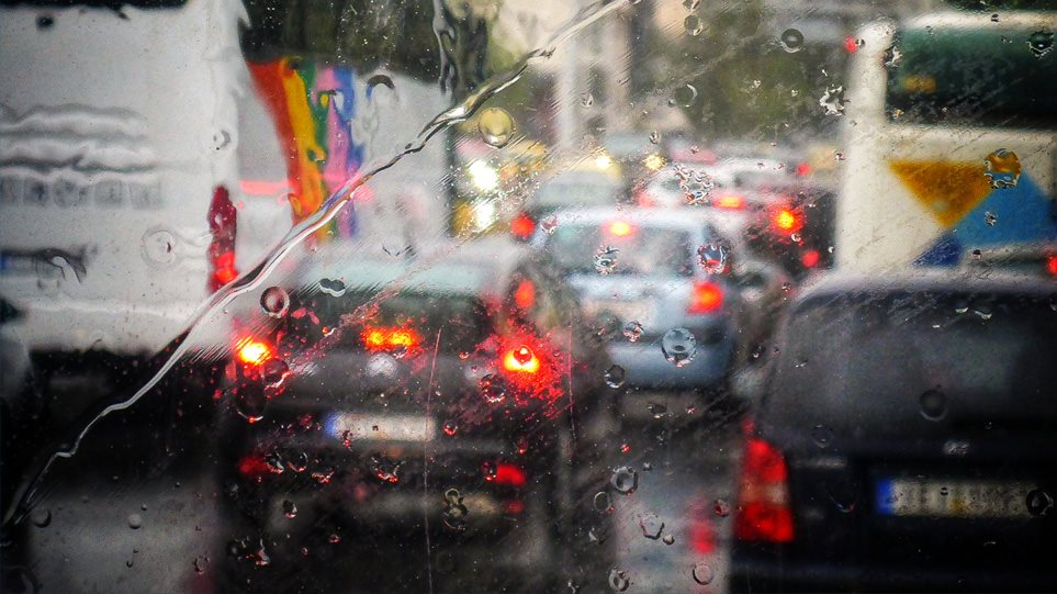 Καιρός: Ισχυρές καταιγίδες στην Αττική – Ποιες περιοχές πλήττει η κακοκαιρία