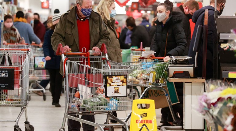Ανοιχτά αύριο σούπερ μάρκετ και καταστήματα – Το ωράριο λειτουργίας