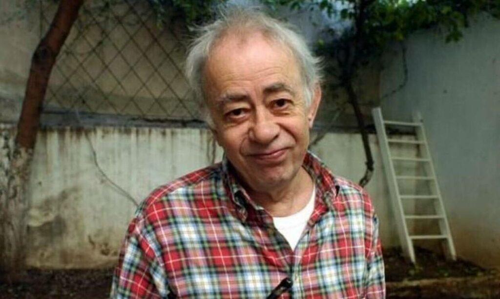 Βασίλης Αλεξάκης: Συγκινεί ο γιος του συγγραφέα – «Ο διασώστης του ΕΚΑΒ έκλαιγε για τον πατέρα μου»