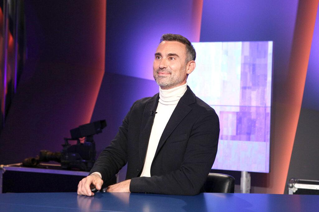 Γιώργος Καπουτζίδης: Γράφει νέα τηλεοπτική σειρά!
