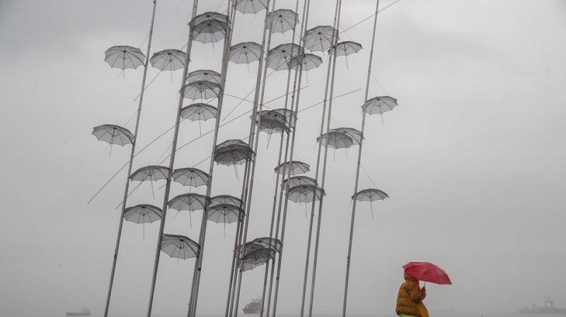 Καιρός: Βροχές και καταιγίδες από το απόγευμα – Που θα είναι εντονότερα τα φαινόμενα