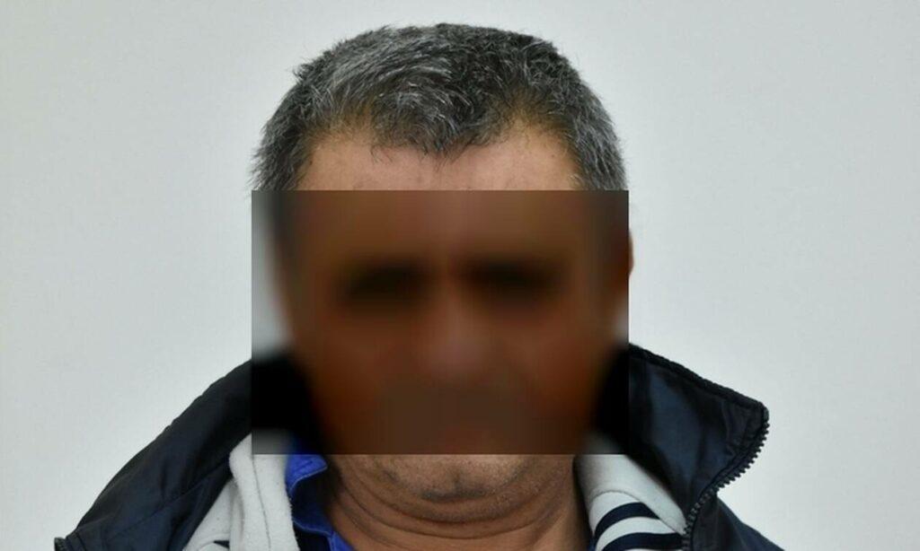Αυτός είναι ο 58χρονος που βίασε παιδί στον Πειραιά (pics)