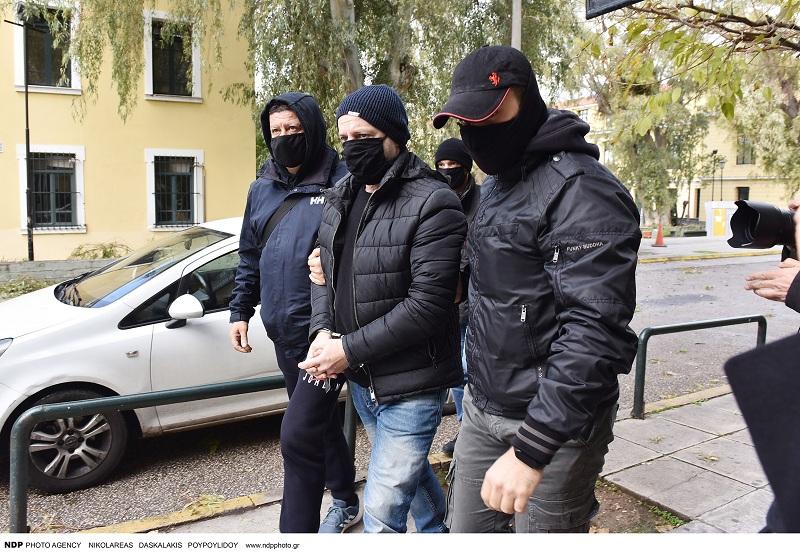 Δημήτρης Λιγνάδης: Στο κελί «αγκαλιά» με τη δικογραφία – Πώς αντέδρασε όταν του πήραν το κινητό