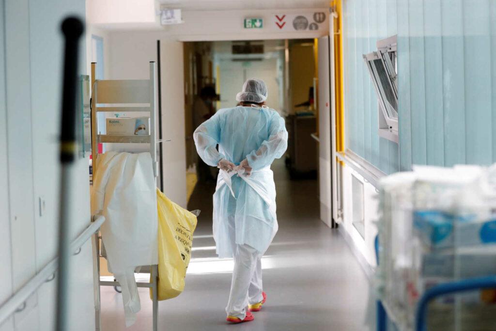 Κορονοϊός: Διασωληνώθηκε 22χρονος στο «Σωτηρία» – Νοσηλεύονται κυρίως μη εμβολιασμένοι