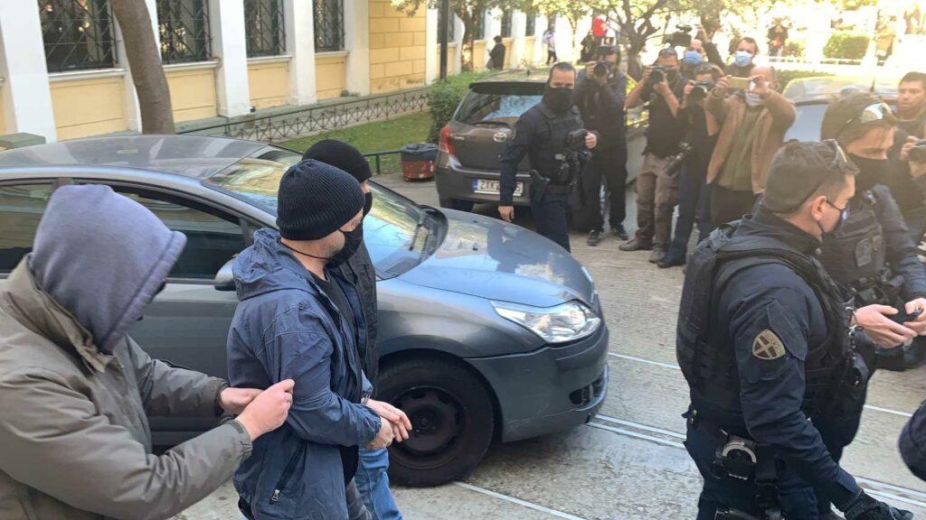 Δημήτρης Λιγνάδης: Το σκεπτικό της απόφασης προφυλάκισης του – Γιατί απορρίφθηκε το «βραχιολάκι»
