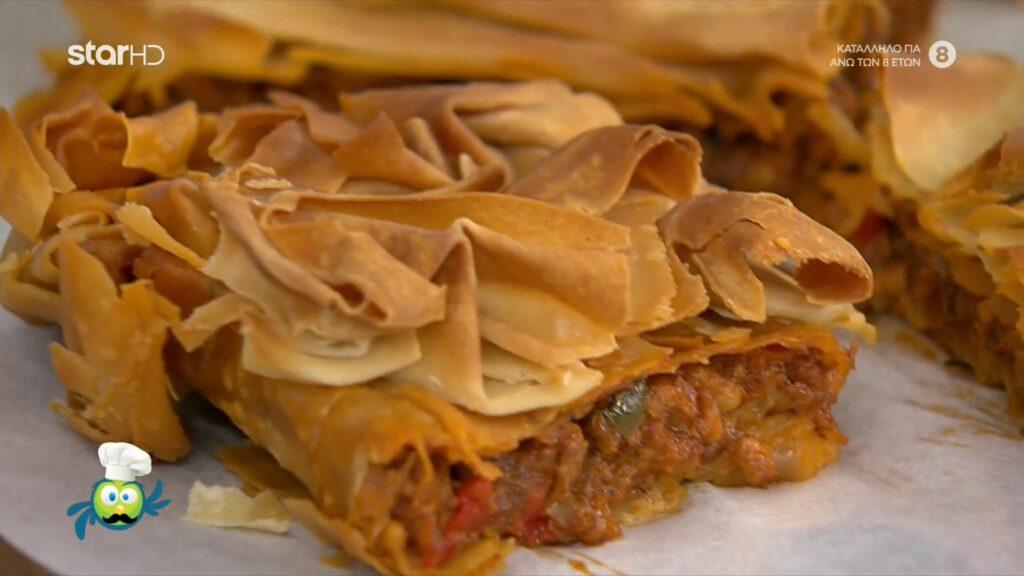 Κιμαδόπιτα με κιμά κοτόπουλο και πατσαβουρόφυλλο από τον Λάμπρο Βακιάρο