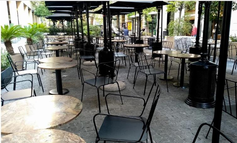 Βασιλακόπουλος: Να ανοίξουν καφέ, εστιατόρια – Σε 2 μήνες η Ελλάδα θα είναι άλλη χώρα