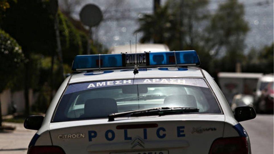 Συζυγοκτονία στη Δάφνη: Σε διαθεσιμότητα οι αστυνομικοί που κλήθηκαν για ενδοοικογενειακή βία και έφυγαν άπραγοι