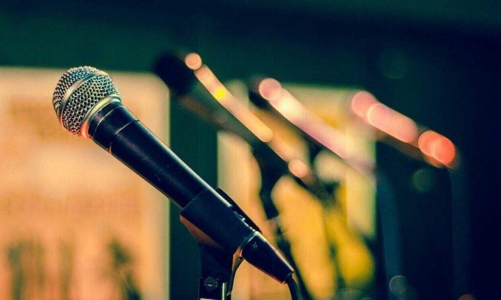 Σοκ: Αυτοκτόνησε η κόρη πασίγνωστου τραγουδιστή