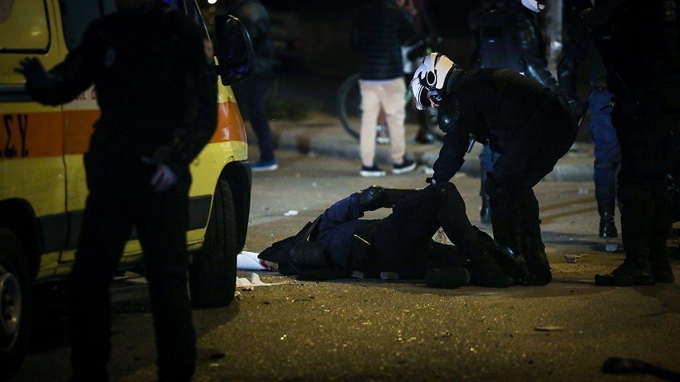 Νέα Σμύρνη: «Σφίγγει ο κλοιός» και για άλλες συλλήψεις για τον τραυματισμό του αστυνομικού-Τι φοβούνται τις επόμενες μέρες