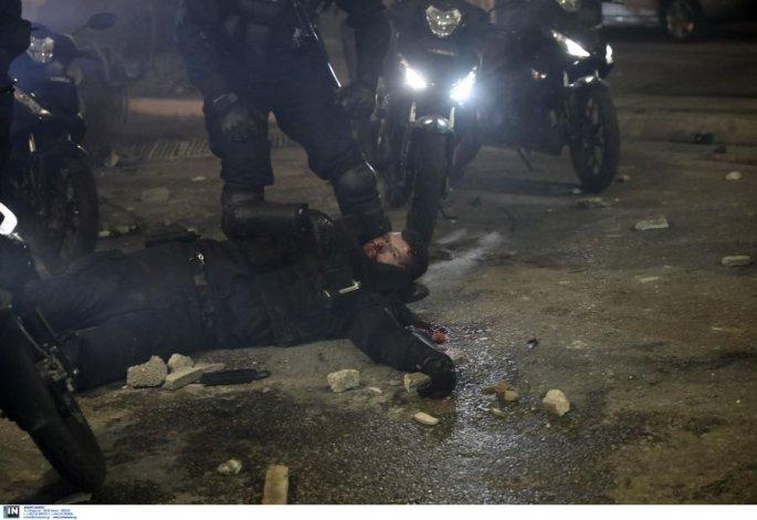 Ξυλοδαρμός αστυνομικού: Ποιος είναι ο  27χρονος Αγγελος που τραυματίστηκε στη Νέα Σμύρνη