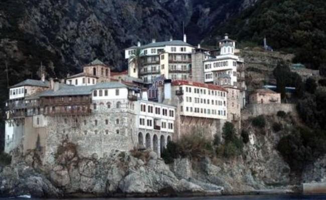 Άγιο Όρος: Ποια ήταν η πρώτη γυναίκα που παραβίασε το Άβατο