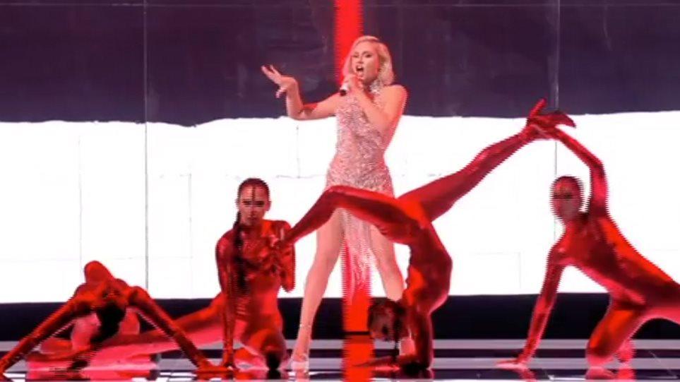 """Eurovision 2021: """"Φωτιά""""  έβαλε στη σκηνή η  Έλενα Τσαγκρινού με το «El Diablo»"""