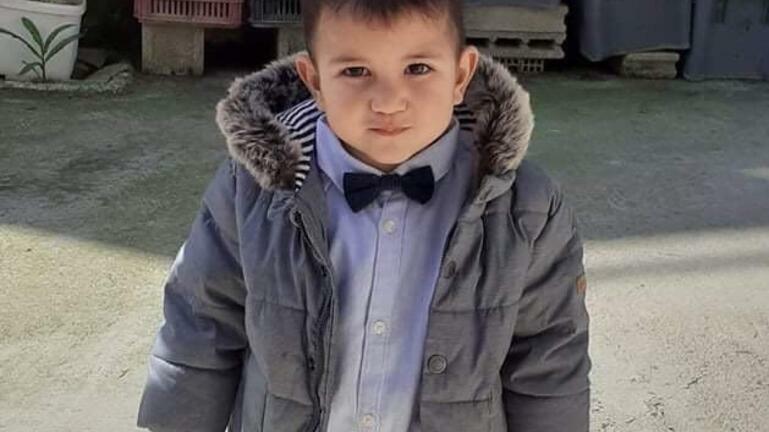 Σπαρακτικές μαντινάδες για τις 40 μέρες από τον χαμό του 2χρονου Ζαχαρία: Σε ζήλεψαν οι άγγελοι…