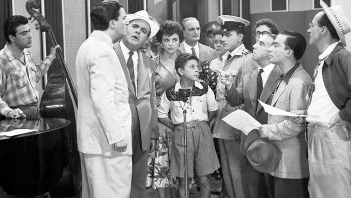 «Τι γελάτε μωρέ; Τι γελάτε;»: Ο αγαπημένος ηθοποιός που έφυγε στη σκηνή μπροστά στα μάτια των εμβρόντητων θεατών