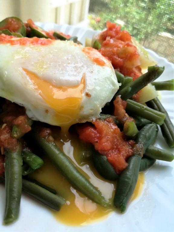 Σαλάτα με φασολάκια και αυγά από την Εύα Παρακεντάκη!