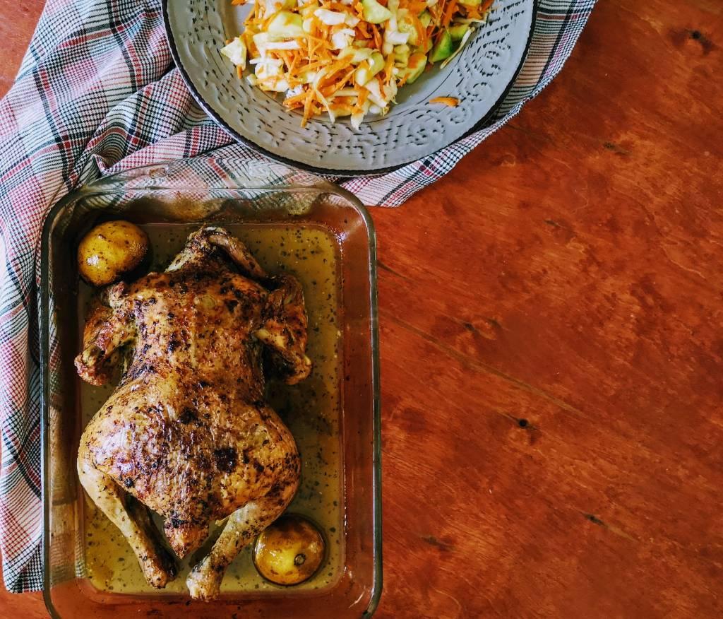 Χρόνοι ψησίματος και μυστικά για τέλειο κοτόπουλο από την Εύα Παρακεντάκη