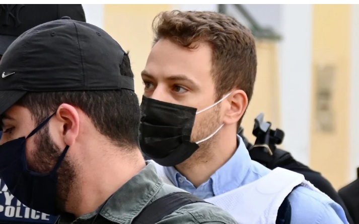"""Κυνικός ο Μπάμπης Αναγνωστόπουλος στις φυλακές: """"Θέση πιλότου στον Κορυδαλλό έχετε;"""""""