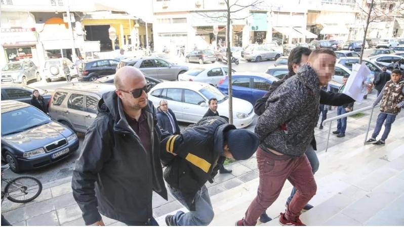 Θεσσαλονίκη: Ισόβια στα τρία αδέλφια για τη δολοφονία του 45χρονου ιδιοκτήτη ταχυφαγείου
