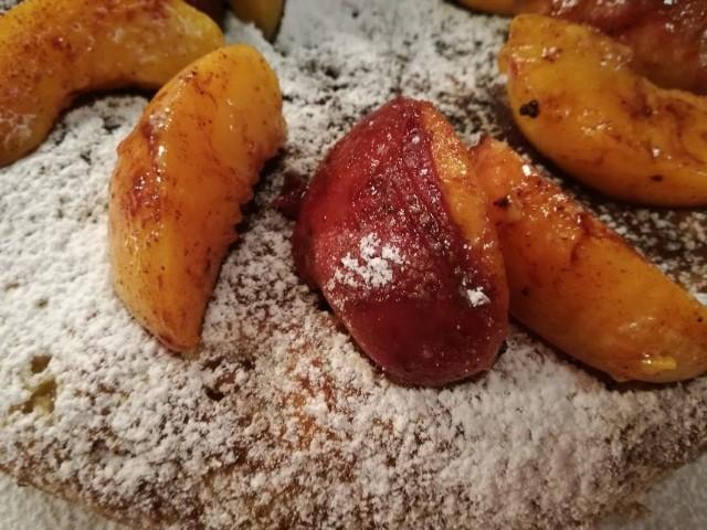 Ροδακινόπιτα στο τηγάνι σε 15 λεπτά από την Εύα Παρακεντάκη!