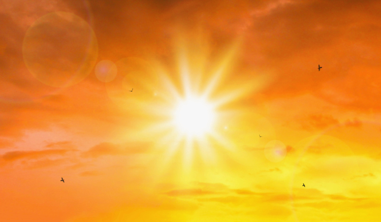 Καιρός: «Παραλύει» τη χώρα ο καύσωνας – Συναγερμός για φωτιές και διακοπές ρεύματος