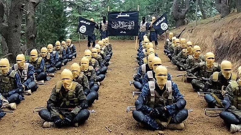 ISIS-K: Ποιοι είναι οι τρομοκράτες που διαπράττουν φρικαλεότητες και θεωρούν τους Ταλιμπάν… φιλελεύθερους;
