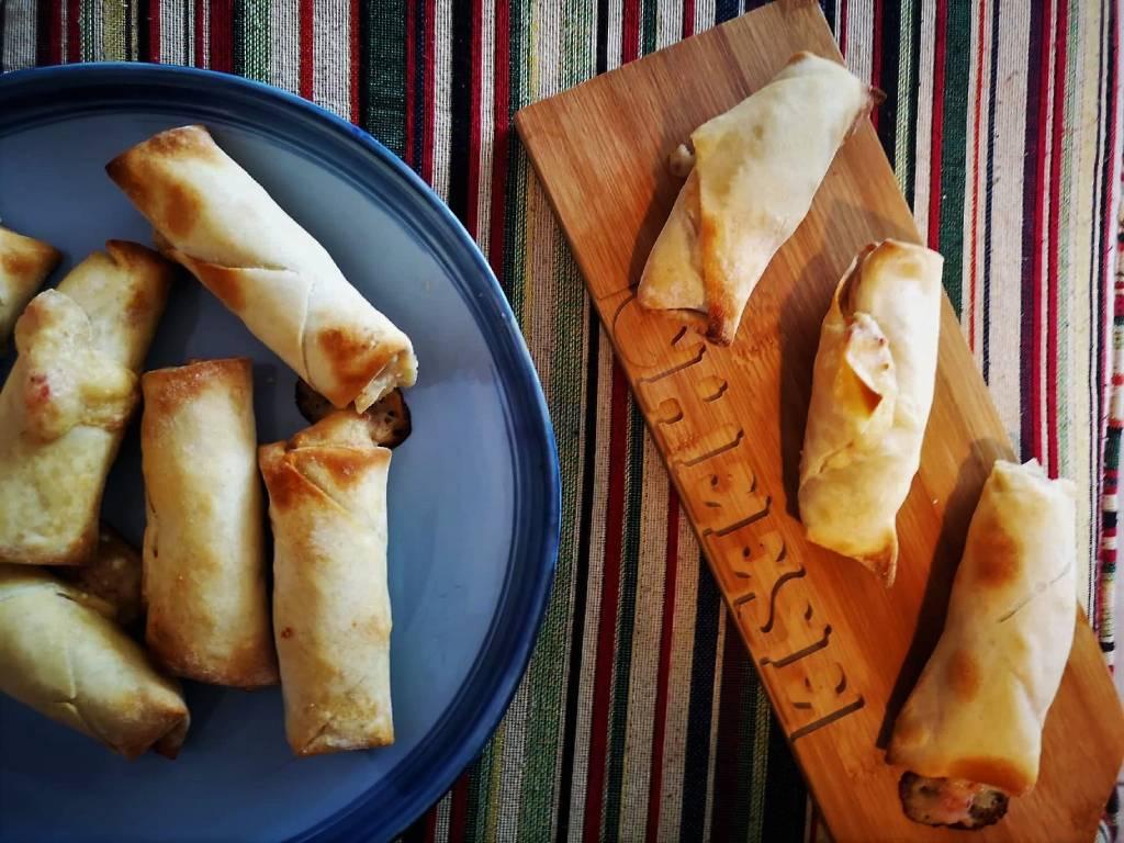 Κρατσανιστές φλογέρες με ζαμπόν-τυρί στον φούρνο!