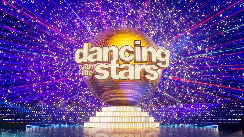 Dancing with the stars: Η Βίκυ Καγιά, ο  συμπαρουσιαστής της και οι 4 της κριτικής επιτροπής