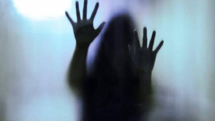 Φρίκη για 15χρονη που βιάστηκε ομαδικά πολλές φορές – Κατηγορούνται έως και 33 άντρες