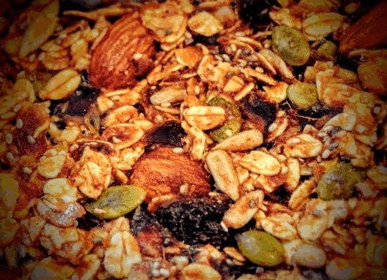 Μπάρες Δημητριακών..με ταχίνι και μέλι από την Εύα Παρακεντάκη