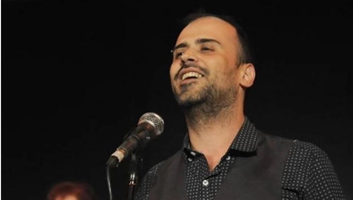 Θλίψη στον καλλιτεχνικό χώρο! Νεκρός από ανακοπή καρδιάς ο τραγουδιστής Δημήτρης Σαμαρτζής!