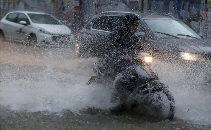 Κακοκαιρία «Μπάλλος»: Ξεκινά η επιδείνωση του καιρού με καταιγίδες και χαλαζοπτώσεις από το βράδυ