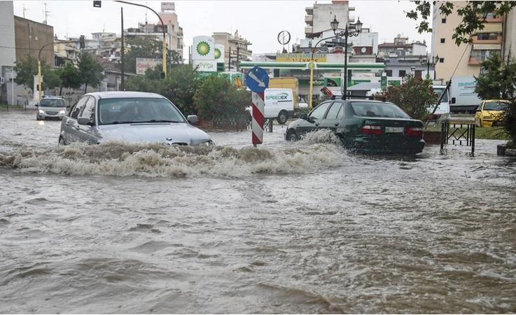 Η κακοκαιρία «Αθηνά» θα χτυπήσει την Αττική τις επόμενες ώρες – Βροχές μεγάλης διάρκειας σε όλη τη χώρα